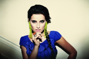 Nelly-Furtado-1