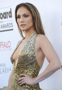 Jennifer-Lopez-au-Billboard-Music-Awards-2013-a-Las-Vegas_portrait_w858