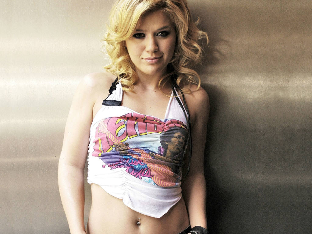 Sexy pictures of kelly clarkson
