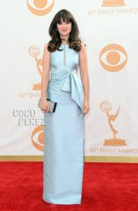 emmy-awards-2013-zooey-deschanel-red-carpet-getty__oPt